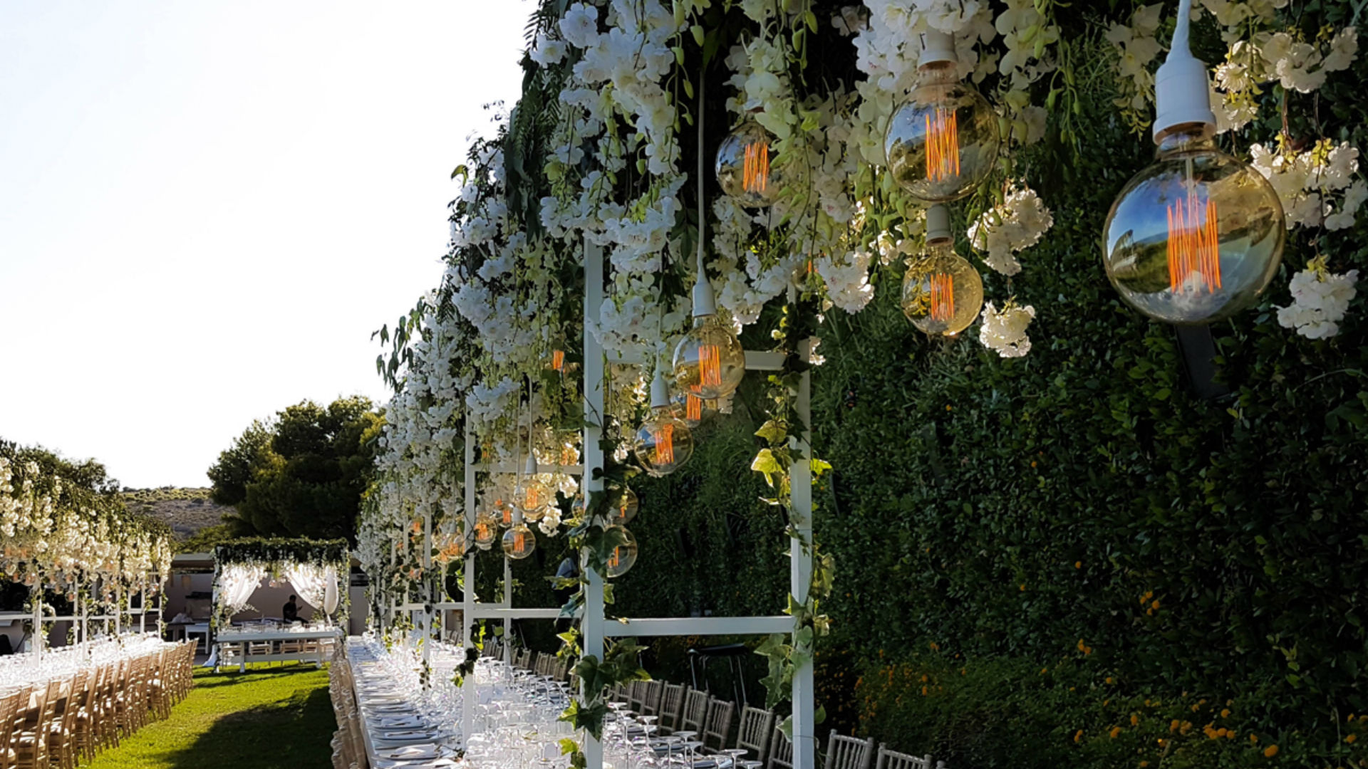 Luxury Wedding Flower Installation by Pavlos Workshop